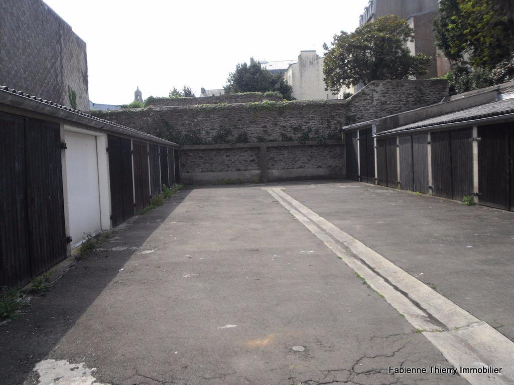 Garage n°10 - Recouvrance
